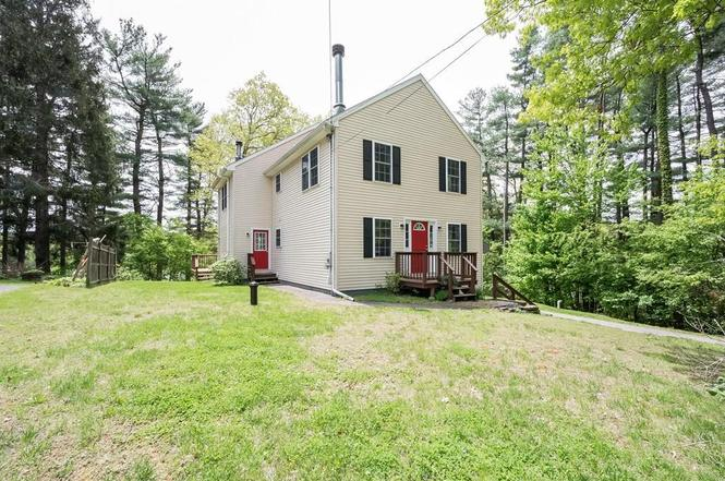 44 Forest St Oxford Ma 01540 Mls 72331793 Redfin