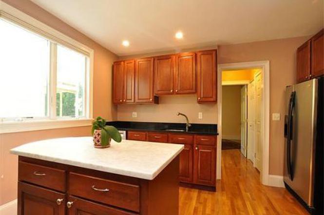 320 Savin Hill Ave #1, Boston, MA 02125 | MLS# 71715900 | Redfin