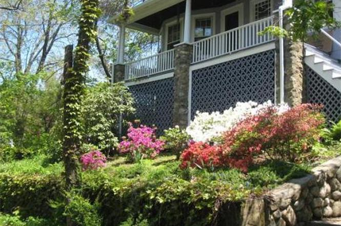 189 Forest St, Melrose, MA 02176