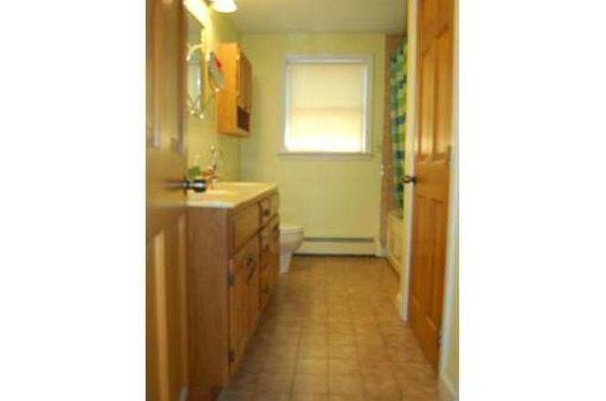 103 Howard St, Lawrence, MA 01841