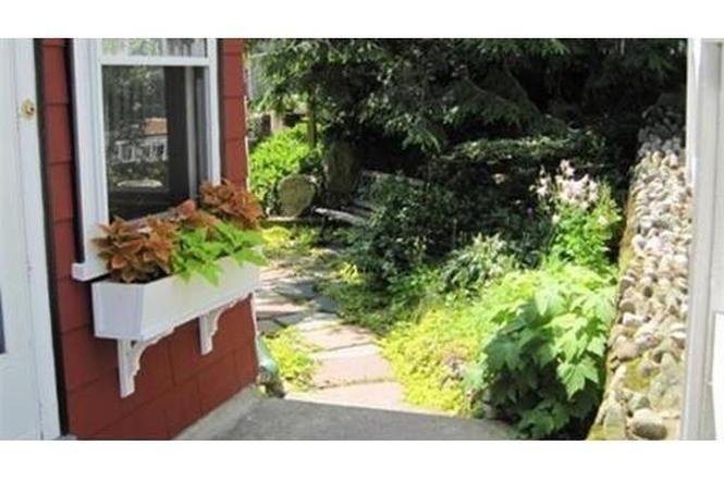 38 Farwell Ave, Melrose, MA 02176