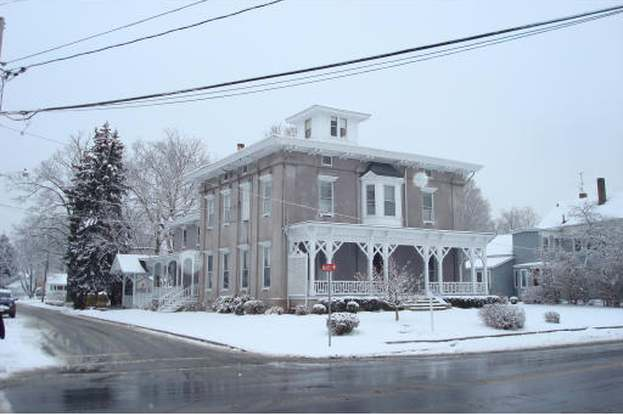 Cool 74 Winthrop St Taunton Ma 02780 Mls 71014063 Redfin Download Free Architecture Designs Embacsunscenecom