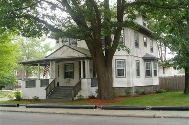 1367 Robeson St, Fall River, MA 02720 - 4 beds/1.5 baths on