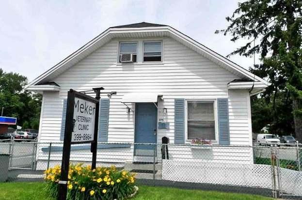 649 Washington St, Attleboro, MA 02703 - 2 beds/1 bath