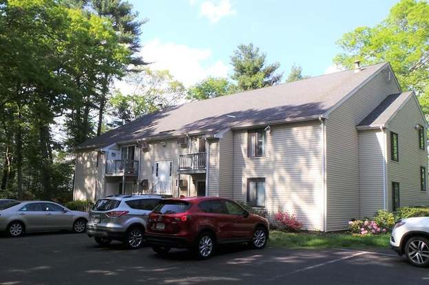 165-R Chestnut St #8, Foxboro, MA 02035 - 2 beds/1 bath