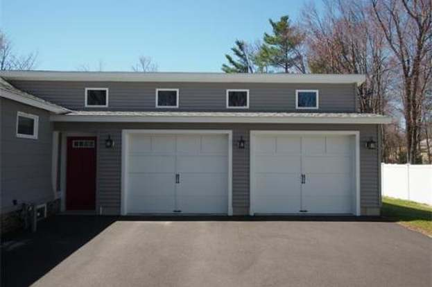 32 Norwood Ave, Leominster, MA 01453