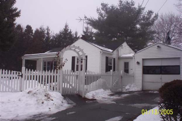 200 Lincoln Ave Haverhill Ma 01830 2 Beds 2 Baths