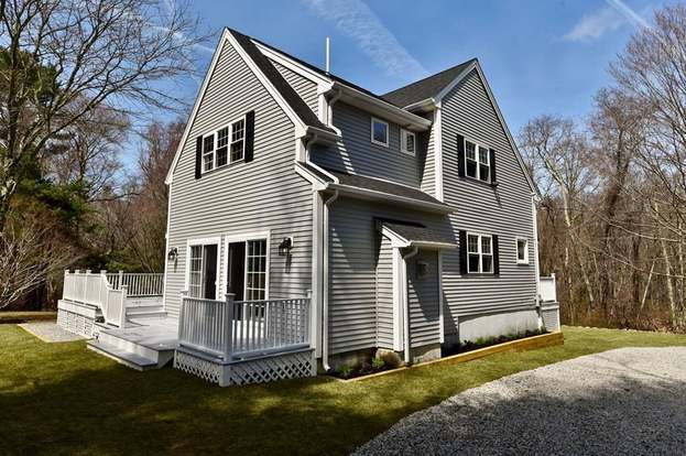 62 Maple St, Scituate, MA 02066 - 3 beds/2 5 baths