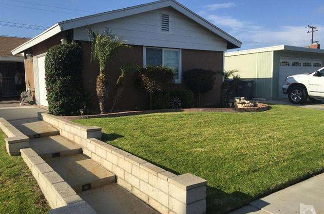 ventura county mobile homes for sale with 4508175 on Craigslist Housing Los Angeles Ca together with Hip Roof Patio Cover together with 4508175 as well Craigslist likewise Cayucos State Beach.