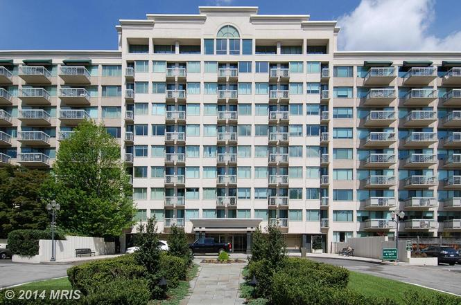 5450 Whitley Park Ter #308, Bethesda, MD 20814