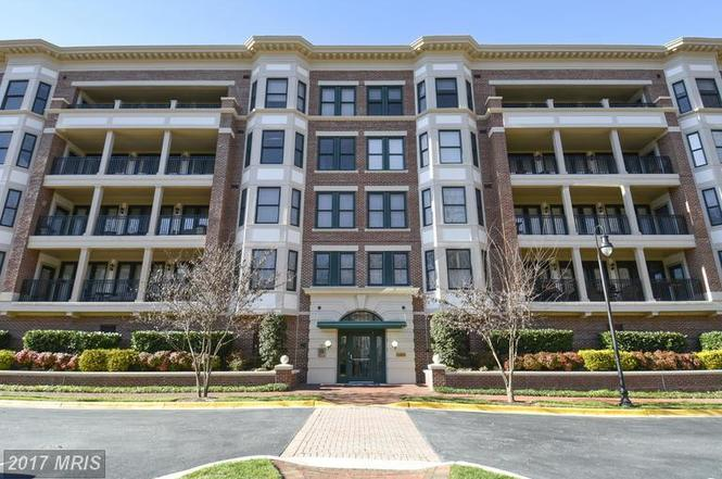 10404 Strathmore Park Ct Unit 2 103, North Bethesda, MD 20852