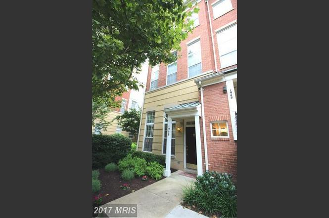 1950 Crescent Park Dr Unit 24A, Reston, VA 20190
