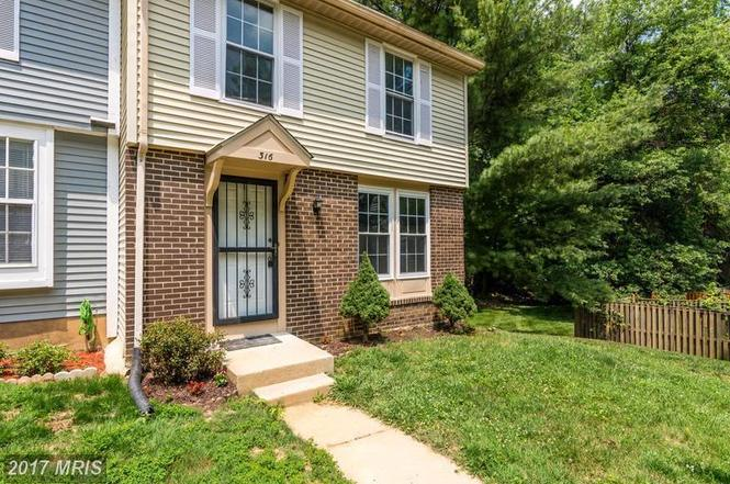 316 Shady Glen Dr, Capitol Heights, MD 20743