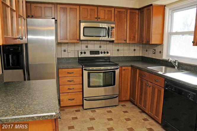 9421 Granite Hill Rd, Columbia, MD 21046
