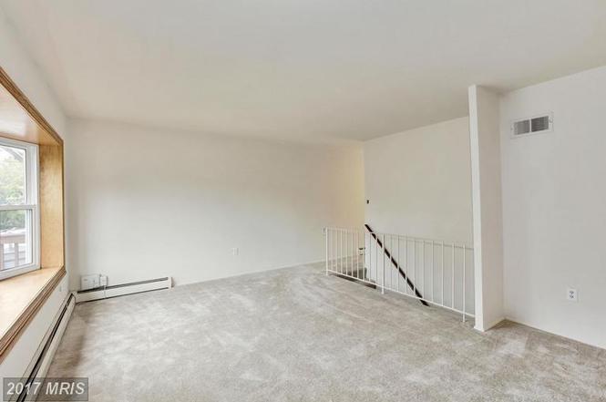 W Longview Dr Woodbridge VA MLS PW Redfin - Longview apartments in woodbridge va