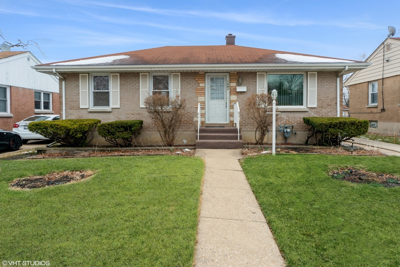 1241 N Irving Ave,Berkeley, IL 60163