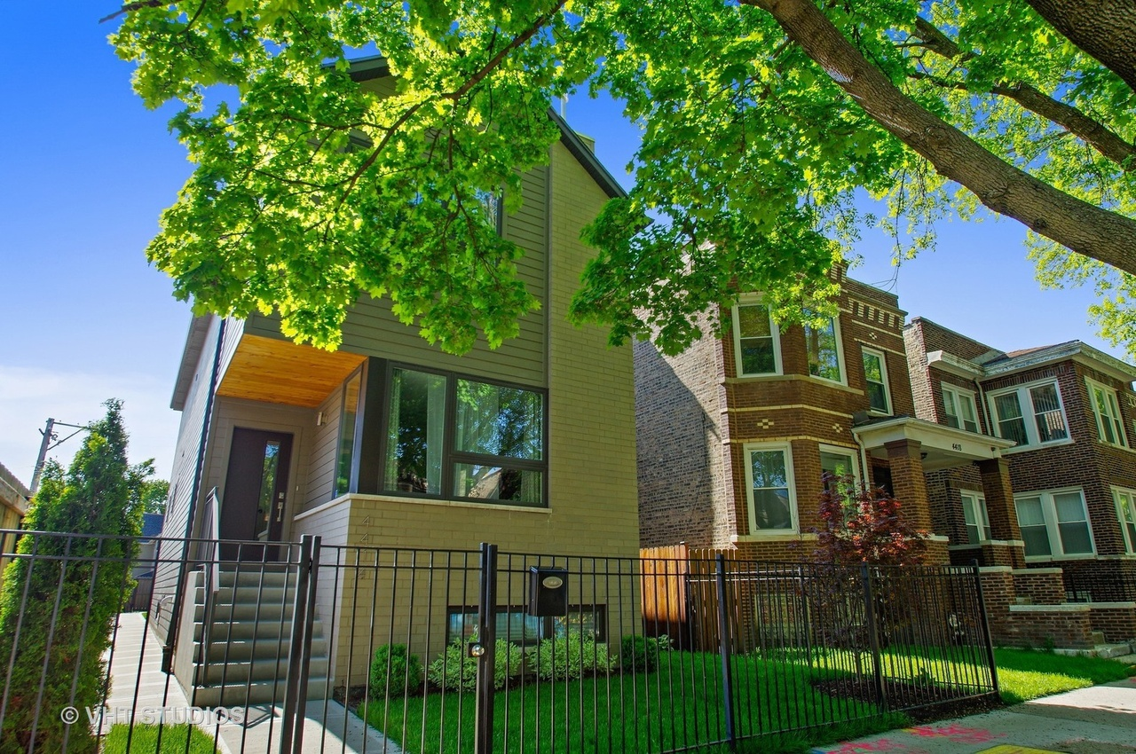 Albany Park Single Family