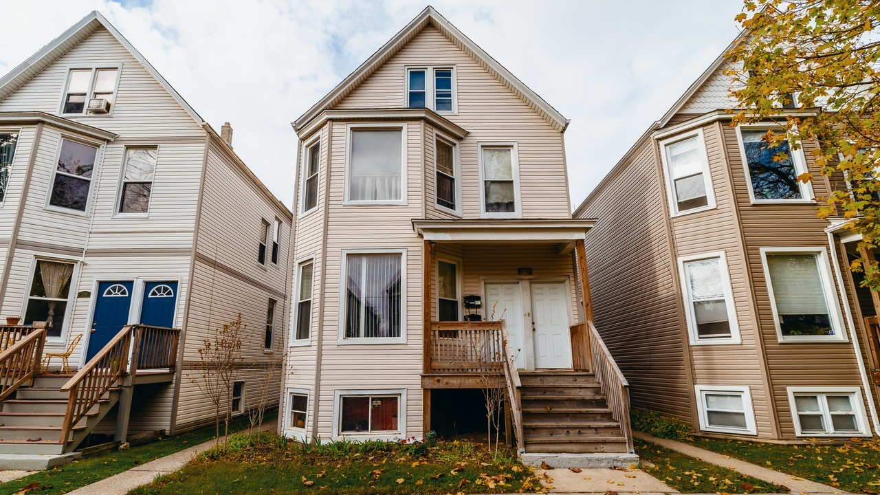 3240 N Ridgeway Ave Chicago Il 60618 Mls 10931857 Redfin Current weather in doon dheere and forecast for today, tomorrow, and next 14 days. 3240 n ridgeway ave il us 60618