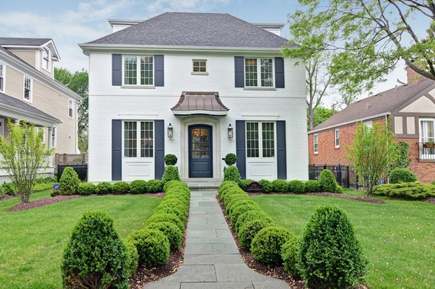 hinsdale mature singles The refreshing surroundings with mature trees and manicured landscapes provide fitting backdrops for the gorgeous homes tranquil conditions, a laidback community vibe, and high-ranking.