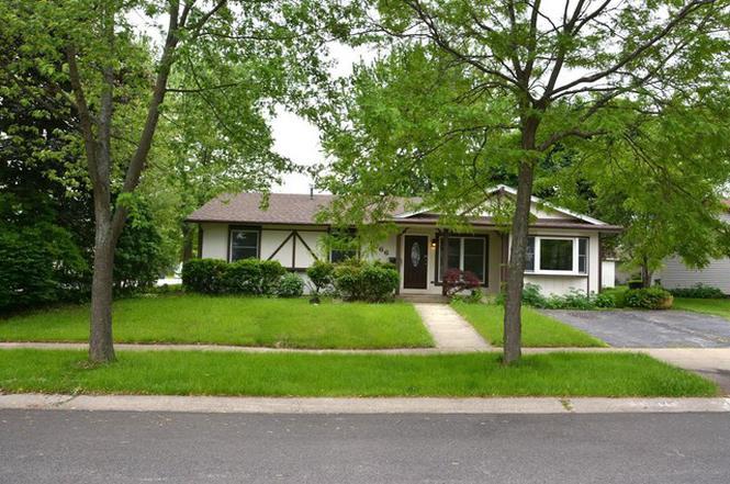 1066 Carpenter Ct, ELK GROVE VILLAGE, IL 60007 | MLS ...