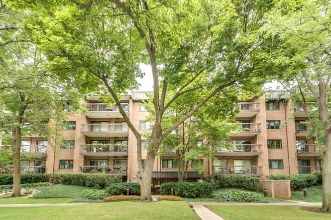1695 2nd St #402, HIGHLAND PARK, IL 60035 | MLS# 09474131 | Redfin