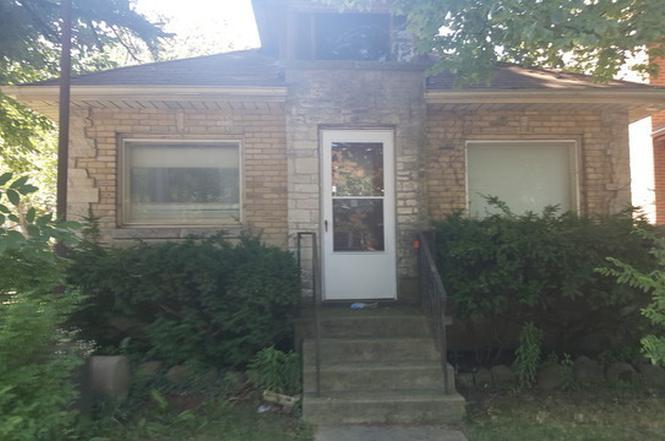 1700 Dempster St, Evanston IL