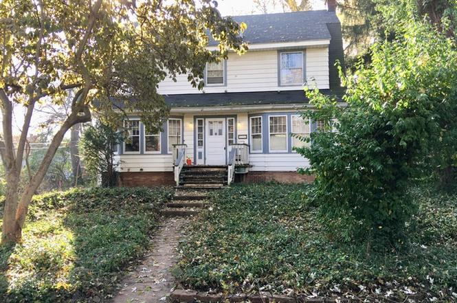 325 W Grove St, LOMBARD, IL 60148
