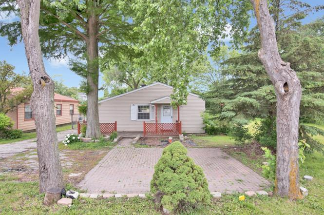 4014 N Cass Ave Westmont Il 60559 Mls 10426346 Redfin