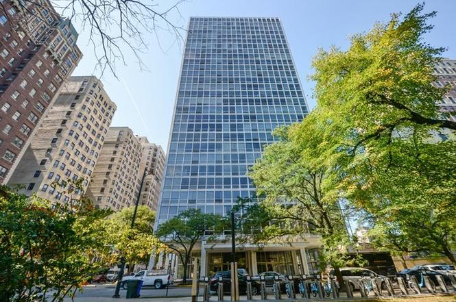 2400 N Lakeview Floor Plans: 2400 N Lakeview Ave #2001, CHICAGO, IL 60614