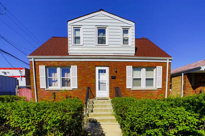 5608 S New England Ave Chicago Il 60638 Mls 09088438 Redfin