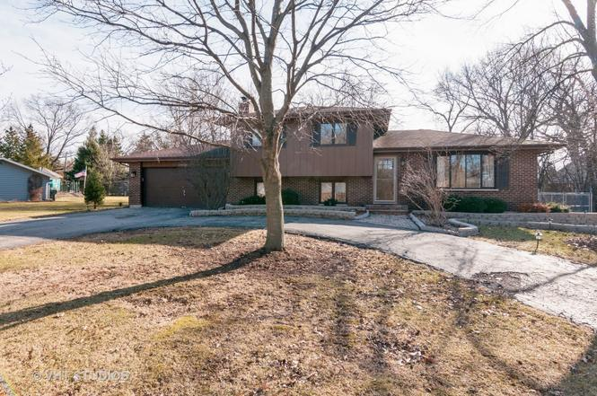 30W429 Mulberry Dr, WEST CHICAGO, IL 60185