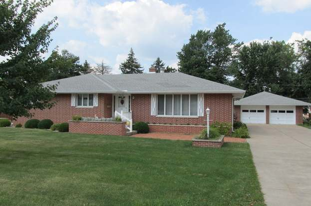 410 W Boys St Streator Il 61364 Mls 08699013 Redfin