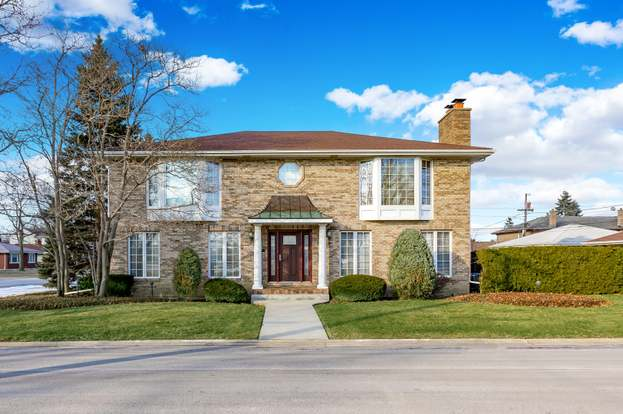 1001 N 10th Ave Melrose Park Il 60160 Mls 10639187 Redfin