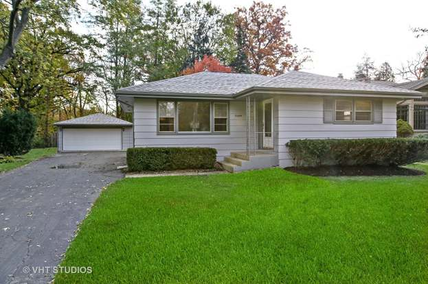 5009 CORNELL Ave, Downers Grove, IL 60515 - 4 beds/2 baths