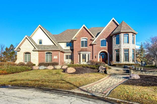 10900 crystal meadow ct orland park il 60467 mls 10157406 redfin