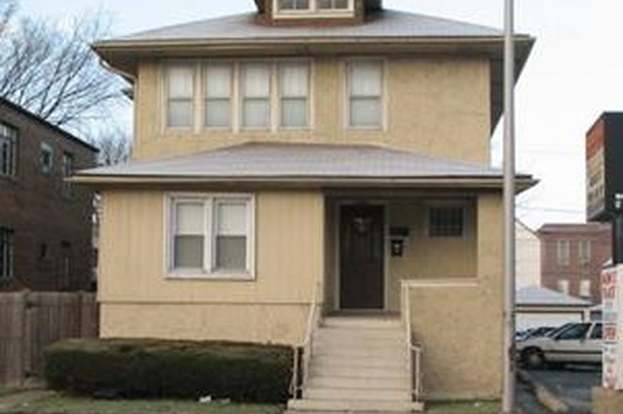 823 S Harlem Ave, FOREST PARK, IL 60130 - 4 beds/2 baths