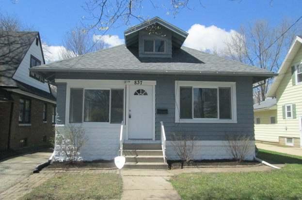 837 DOUGLAS Ave, AURORA, IL 60505 - 3 beds/2 baths