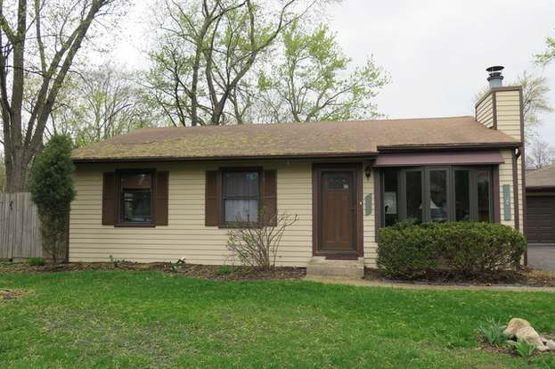 2928 Forest Glen Pkwy Woodridge Il 60517 3 Beds 2 Baths