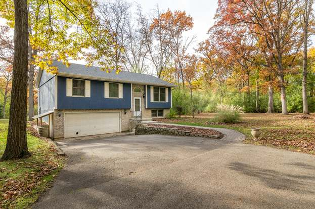 Crystal Lake Il >> 8901 Rivera Vis Crystal Lake Il 60014 3 Beds 2 Baths