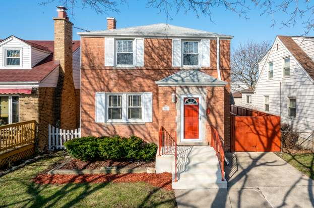 3922 N Panama Ave Chicago Il 60634 Mls 10789663 Redfin