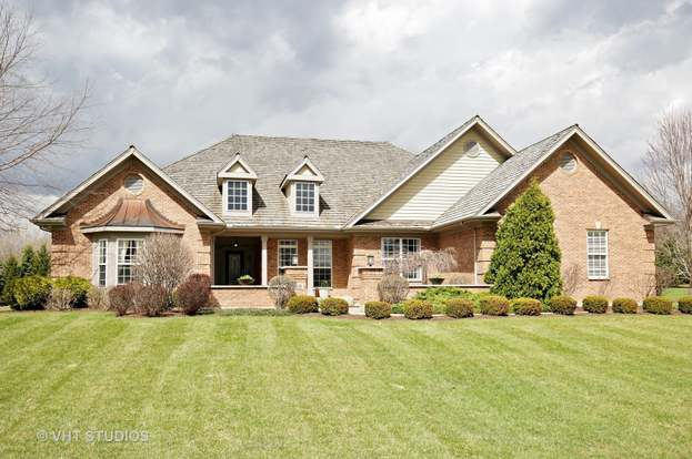 10630 Bull Valley Dr, WOODSTOCK, IL 60098