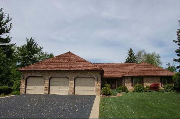 269 PEBBLE CREEK Dr, TOWER LAKES, IL 60010 - 5 beds/4 baths