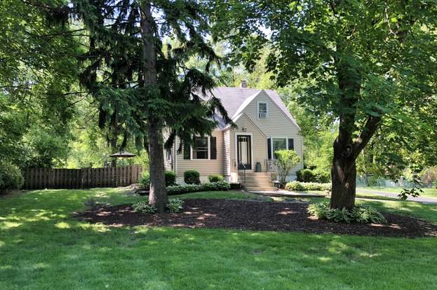 305 E Olive Ave, PROSPECT HEIGHTS, IL 60070 | MLS# 09965783 | Redfin