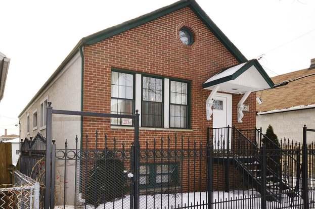 843 W 34th St, CHICAGO, IL 60608 - 5 beds/2 baths