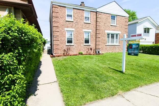8922 Southview Ave, BROOKFIELD, IL 60513 - 2 beds/1 bath