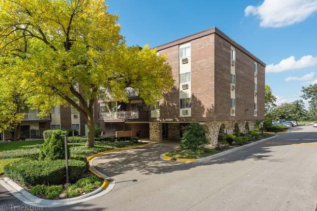 1331 S FINLEY Rd #118, LOMBARD...
