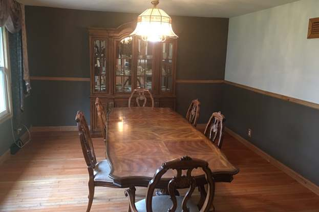 305 S Lincoln St Elwood Il 60421 4 Beds 3 Baths