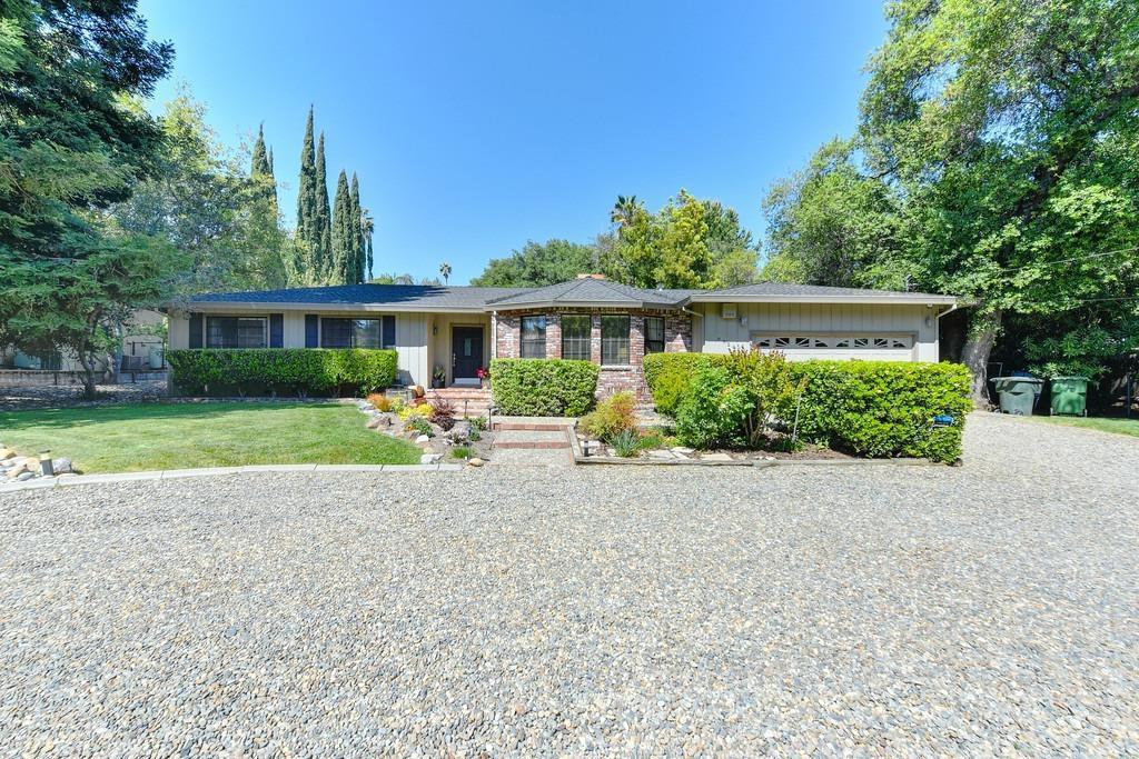 9929 Valley Pines Dr, Folsom, CA 95630 | MLS# 221037241 ...