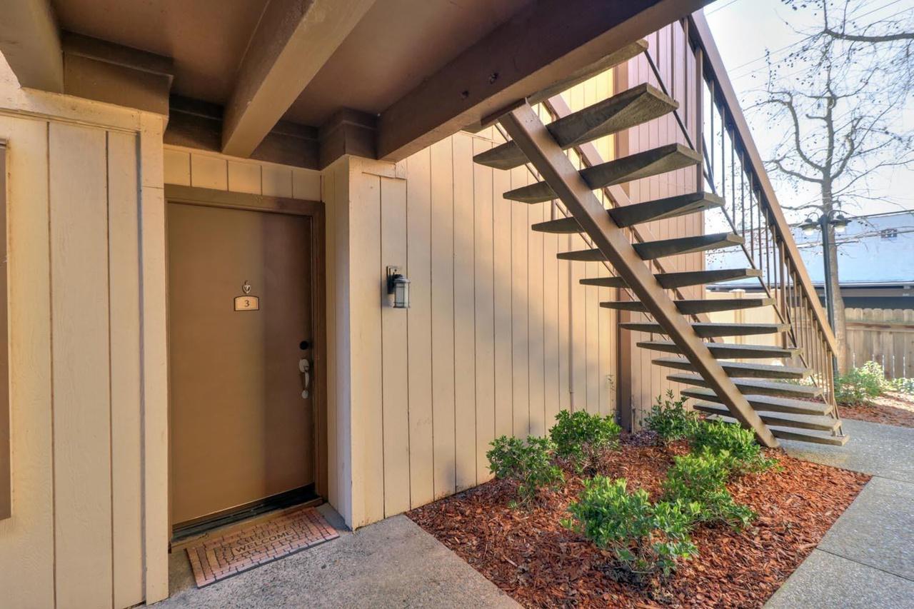 514 Woodside Oaks #3, Sacramento, CA 95825 | MLS# 18008787 | Redfin