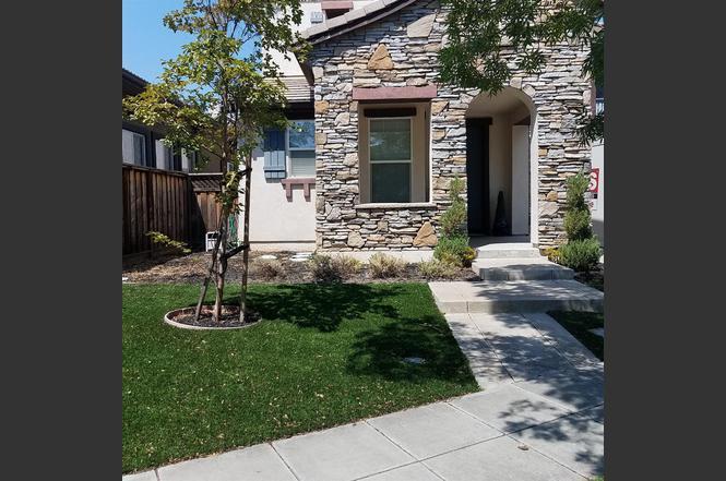 Charming 101 W Verano Ct, Mountain House, CA 95391